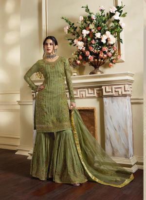 Glossy Simar Amyra Vibha 4051